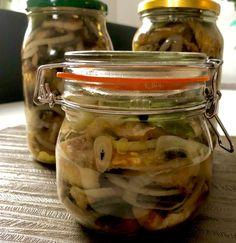 Opiekane śledzie w zalewie galaretkowej - Blog z apetytem Fish And Seafood, Pickles, Cucumber, Food And Drink, Canning, Blog, Impreza, Pickling, Pickle