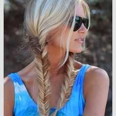 10 Hairstyles That'll Hold Up Through a Festival | Bustle