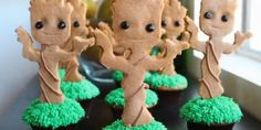 Let's get on this Lil! // How To Make Dancing Baby Groot Cupcakes