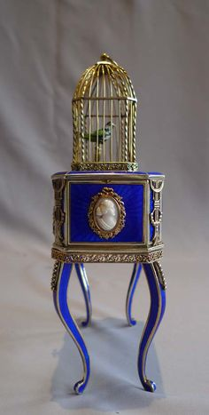Rare Singing Bird Box in Silver Gilt, iridescent Blue Guilloche Enamel and Ivory♥★♥