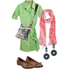 Great Spring outfit!  I love the Clark's shoes and Kavu sling!