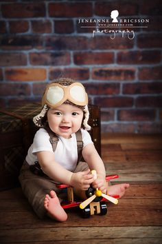 Jeneanne Ericsson Photography » Aviator hat and toy airplane