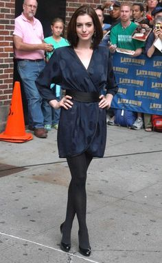 Anne Hathaway Photo - Anne Hathaway At The 'Late Show With David Letterman'