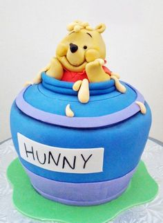 Winnie the Pooh cake by Cake Whisperer