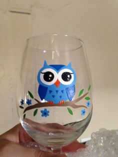 Made to order hand painted owl wine glass comes in purple or blue; hand wash recommended for longer lasting new appearance, top-rack Dishwasher safe 20 days after purchase Shipping is priority mail. Decorated Wine Glasses, Hand Painted Wine Glasses, Wine Bottle Art, Painted Wine Bottles, Wine Glass Crafts, Bottle Crafts, Glass Painting Designs, Bottle Painting, Glass Art