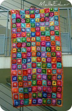 This is so cool...but looks like a lot of squares to join.