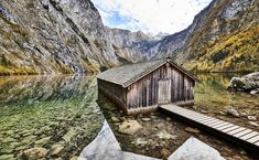 Königssee, the famous lake at the foot of Mount Watzmann is a natural kingdom in Berchtesgaden Croatia Travel, Thailand Travel, Italy Travel, Bangkok Thailand, Places In Europe, Places To Visit, Berchtesgaden National Park, Las Vegas Hotels, Africa Travel