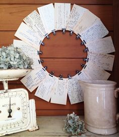 recipe card wreath--could make more colorful coordinating cards with recipes for a fun wedding shower gift- so adorable that I'm making you this, Liu Pyritz for your wedding shower. Easy Crafts, Diy And Crafts, Paper Crafts, Craft Gifts, Diy Gifts, Diy Papier, Diy Wreath, Recipe Cards, Homemade Gifts