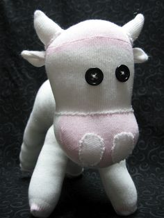Craft with Confidence: Sock Cow Tutorial----I think momma is going to have to help with this.