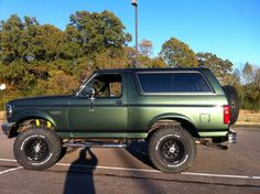 Ford Bronco 1996, Ford Bronco Lifted, Bronco Truck, Ford 4x4, Ford Pickup Trucks, 4x4 Trucks, Cool Trucks, Broncos Pics, Broncos Pictures