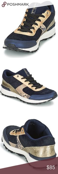 Dam Edelman Dax trainer sneakers in navy blue NEW These low top trainers designed by Sam Edelman are THE style of the season. A design that will appeal to all trainer fans. No box.   New Style Women Low top trainers Sam Edelman DAX Deep / BLUE / NAVY / Natural Sam Edelman Shoes Sneakers