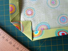 ubrus Sewing Clothes, Napkins, Tableware, Handmade, Couture, Trapillo, Dinnerware, Hand Made, Stitch Clothing