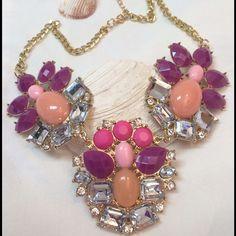 ☀️Posh Statement Necklace☀️ NWT Gorgeous Statement Necklace ☀️ Jewelry Necklaces