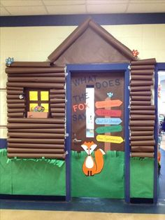 Just a pic. My oldest child& class door for Camp High Five. We didn& win the contest. End Of The Year Camping Theme Forest Classroom, Kindergarten Classroom, Classroom Themes, Classroom Camping Theme, Camping Room, Fall Classroom Door, Classroom Pictures, Disney Classroom, Classroom Board