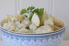 Krämig potatissallad med fetaost & färska örter - Jennys Matblogg