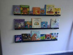 Toddler bedroom bookshelf boy easy DIY
