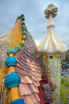 the roofs of Barcelona Barcelona roof top. I want to go to Barcelona! I think it looks like I should LIVE in Barcelona. I want to go to Barcelona! I think it looks like I should LIVE in Barcelona. Beautiful Architecture, Art And Architecture, Architecture Details, Barcelona Architecture, Antonio Gaudi, Amazing Buildings, Modern Buildings, Art Nouveau, Beautiful Places