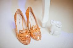 Mellow Yellow - golden sparkled heeled loafers