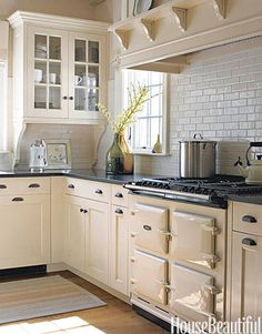 Cream Cabinets. #kitchen