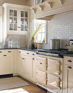 Cream Cabinets. #kitchen