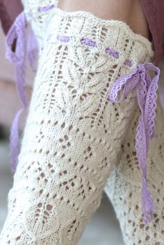 Knitted from Novita Venla yarn and adorned by a pair of ribbons, these beautiful lace socks are replete with the spirit of spring. Lace Knitting, Knitting Socks, Knitting Stitches, Knitting Patterns, Knit Crochet, Knit Socks, Lace Socks, Arm Warmers, Needlework