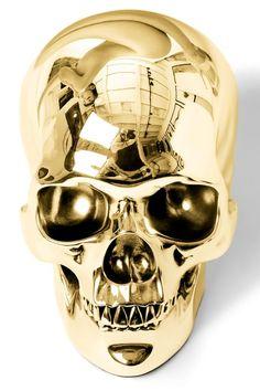 HERVÉ LEWIS Golden Skull Tirage sur papier photo marouflé collé sur aluminium. Signé et numéroté 2/5 au dos. Certificat. Analoge fotoafdruk gekleefd op aluminium. Getekend en genummerd 2/5achteraan. Certificaat. 200 x 130cm