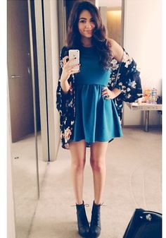 8e2963962b10 Bethany Mota - Skater dress and big chunky boots heels with and oversize  cardigan ) i d wear