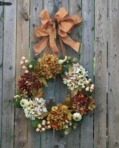 I love hydrangeas.  (nice Fall wreath)