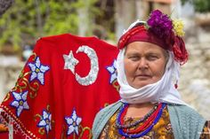 Çiçek başlı-ipek saçlı kadınlarımız Milas-Çomakdağ kızılağaç köyü  MİLAS-KÜLTÜRÜMÜZ