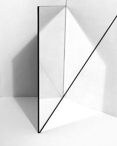 minimal minimal art minimal white Curated by CAROLINE DAILY PARIS