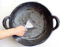 Al secarse, la pasta de piedra es tan resistente que puede ser utilizada en trabajos de mampostería artística.