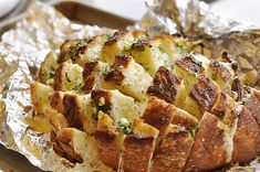 Bloomin' Onion bread  This was really good too, I think less chese and more butter/garlic/olive oil next time