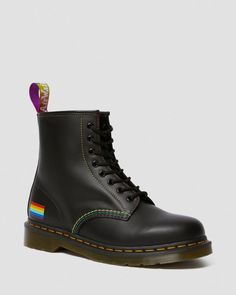Ways your Choice of Shoes can have a Huge Impact on Your Personality - Fashionably Male Rainbow Heels, Rainbow Laces, Rainbow Flag, Dr. Martens, Dr Martens 1460, Grunge Style, Soft Grunge, Tokyo Street Fashion, Vans Authentic