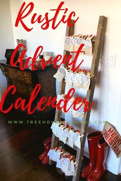 Christmas rustic advent calendar; DIY and free printables download included.  I used a ladder made of reclaimed wood from an Etsy shop and muslin pouches. Perfect for holiday decor