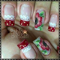 Unha vermelha de Pablo Bressan. Red nail. Uña rojo. Unghie rosso. Cute Toe Nails, Fancy Nails, Love Nails, Red Nails, Pretty Nails, Creative Nail Designs, Creative Nails, Nail Art Designs, Holiday Nails