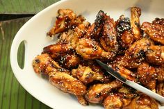 Sweet Soy-Glazed Chicken Wings - Hot Appetizer Recipes for New Year's Eve - Pictures Hot Appetizers, Appetizer Recipes, Party Recipes, Glazed Chicken, Chicken Wings, Soy Chicken, Sesame Chicken, Chicken Drumsticks, Super Bowl Wings Recipe