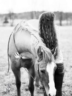 JC Custom Images. Equine photo shoot with my Daisy girl. :)