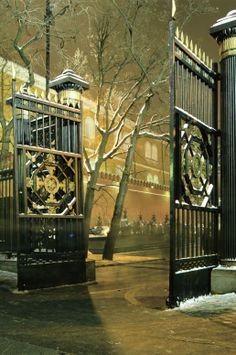Entrance gate to Alexander Gardens. Moscow, #Russia