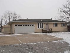 For sale $117,500. 404 Standish, Bloomington, IL 61704