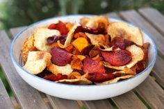 Ropogós zöldség chipsz Healthy Recepies, Healthy Snacks, Cereal, Chips, Cooking, Breakfast, Cake, Recipes, Food