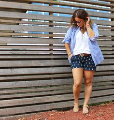 Printed shorts with pineapples and a boyfriend shirt