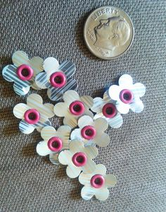 Upcycled Soda Can Flowers by UpcycledStuff on Etsy, $4.00 #teamupcyclers
