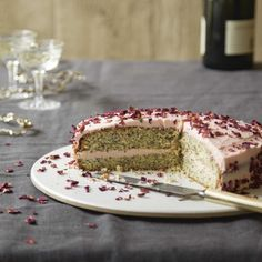 Hello rose and poppy seed cake (we think we love you)