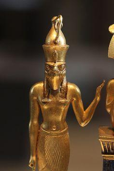 "Museo del Louvre : Colgante de Osorkon II / Museum of "" Le Louvre "" #egypt #egyptian #art #sculpture"