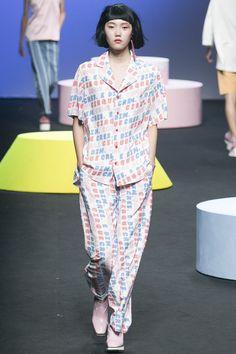 Cres. E Dim. Seoul Spring 2016 Fashion Show