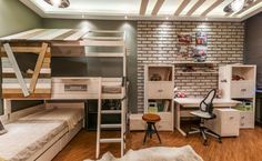 If you're a fan of lofty rooms, this one will most definitely steal your heart. It looks adorable and would be a perfect fit for your kids. As far as cool bedrooms for boys go, this is it, guys.