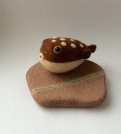 Needle felt pufferfish. Felted fish. Felt gift. by FlorasWeeFelts