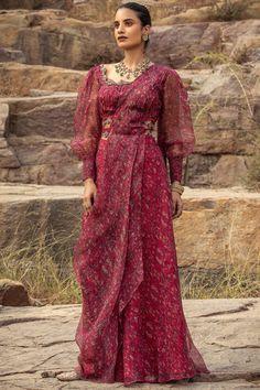 Saree Blouse Designs, Blouse Styles, Sari Blouse, India Fashion, Indian Bridal, Indian Wear, Designer Dresses, Dress Up, Indian Makeup