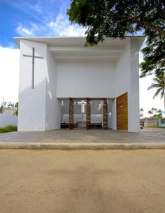 Image 1 of 10 from gallery of CCV Chapel / Stan Allen Architect. Photograph by Marvin Dungao