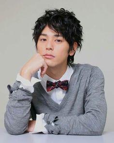 (・∀・ ) Japanese actor: Satoshi Tsumabuki